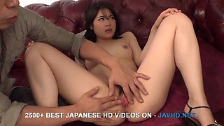 Runa Mizuki tries her first cuckold in front of hubby