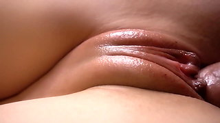 Tender friction in closeup. Cumshot right on pussy