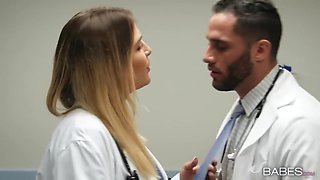 Blair Williams In Buxom Nurse Blowjobs And Fucks Handsome Doctor