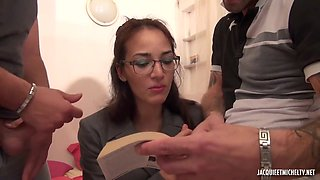 Two Cocks In Shy Babe - Amateur Nerd Girl Dp