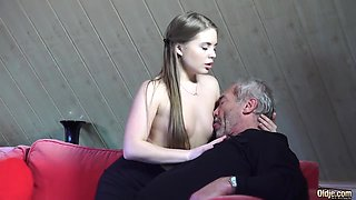 Old Young Porn Little Girl Fucked By Bald Grandpa in pussy
