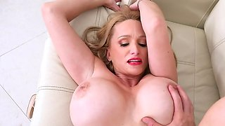 Porn actor stretches mature newcomer who possesses giant tits