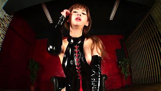 Enticing Japanese dominatrix in lingerie loves hardcore sex