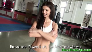 Real amateur flashing in the gym