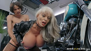 blonde milf Sally D'angelo craving for hard penis deep inside her mouth