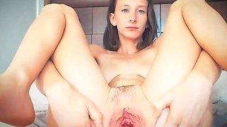 cute Melissa spreads her cunt wide open