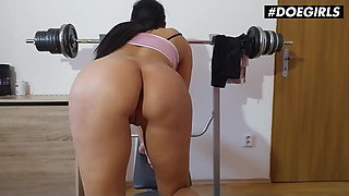 DOEGIRLS Gym Solo Session With Sexy Czech Babe Julia Parker