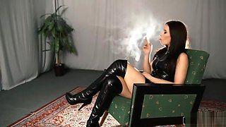 CP Annette Smoking Latex