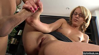 Blonde mature got fucked by her boss at office