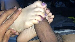 Purple Toes Latina Footjob