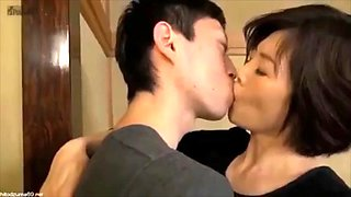 Kiss and Incest Sex Mom and Son Creampie