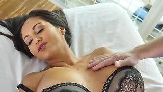 massage fuck with big breasted milf Ava Addams