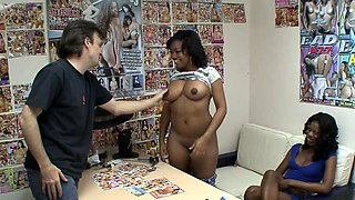 Curvy black woman sucking and riding his dick