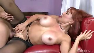 MILF\'s in need of some fucking so she seduces her son in law