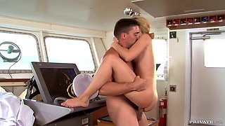 Pilot Fucks Blonde Housewife With Passion