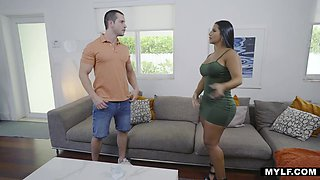 Spicy real estate agent Rose Monroe fucks her client and seals the deal