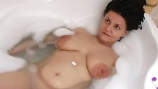 Husband films his wife taking a bath ends up with some