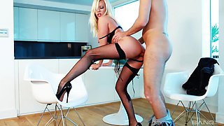 Michelle Thorne is a hot babe with nice tits craving a dick