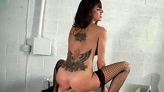 Brazzers - Big Tits In Uniform - Gia Dimarco