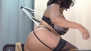 Big Ass Brunette In Sexy, Black Stockings And Garter Belt Is Fucking Her Massage Therapist