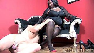 Ebony bbw mistress