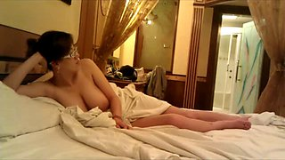 Chinese MIF Big Boobs in a hotel