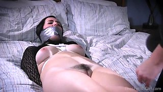 Carissa Montgomery And Dixie Comet In Lesbian Female