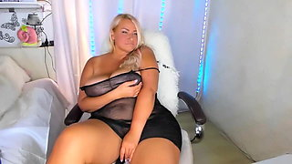 Gorgeous Russian chubby camgirl shows her big boobs