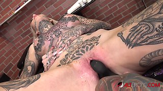 Amber Luke Plays With Her Pussy While Getting a Chest Tattoo