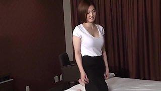 Madoka Ayukawa - Fuck A Japanese Female Masseur In Business Hotel