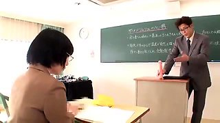 Kinky Japanese teen satisfies her hunger for fresh semen