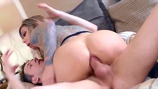 Tatted bad gal fucks sisters husband getting anal and facial