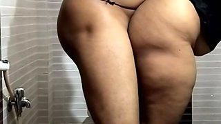 Big Boobs Wet Indian Girl Riding in Bathroom