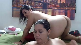 Mexican bbw latina gets a face full of squirt