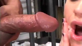 Young Sucker Blows Her Man Through Bars