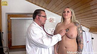 Big busty pornstar Jarushka Ross has kinky gyno exam