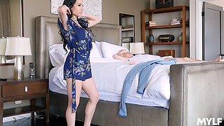 Fake boobs Portia Harlow makes him hard with a BJ and rides him