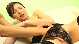 Asahi Miura Asian secretary gives amazing headfucking in