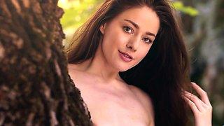 Dutch model beauty Joy Draiki striptease