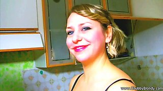 Italian BBW Housewife BJ