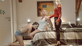 Hot babes Uma and Anna shares one guys cock in a erotic threesome