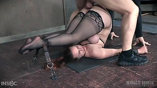 bella rossi is an obedient slave