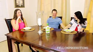 New family threesome   mom likes watching