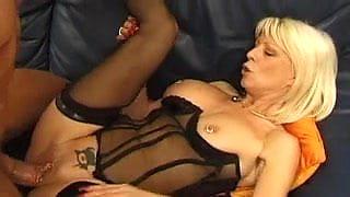 Pierced mature slut anal sex