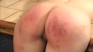 Sexy Babe Takes Erotic Spanking
