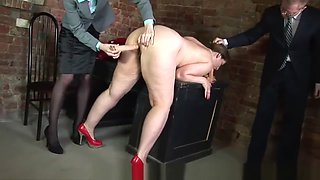russian chubby PAWG becomes a secretary