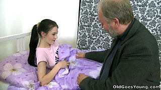Teen Babe Katia Fucks an old Daddy