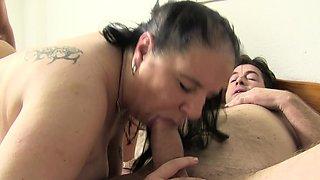 XXXOmas - Sluts Maria and Elif fucking hard in foursome